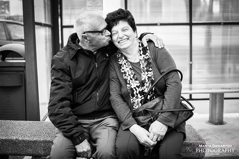 photography, photographing, couples, keeping, love, alive, elderly, couple, kissing,